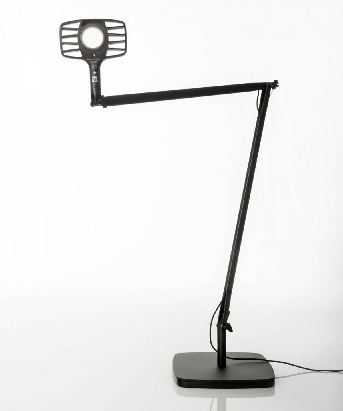 1 Otto Watt table lamp Luceplan